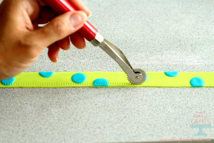 stitching wheel fondant