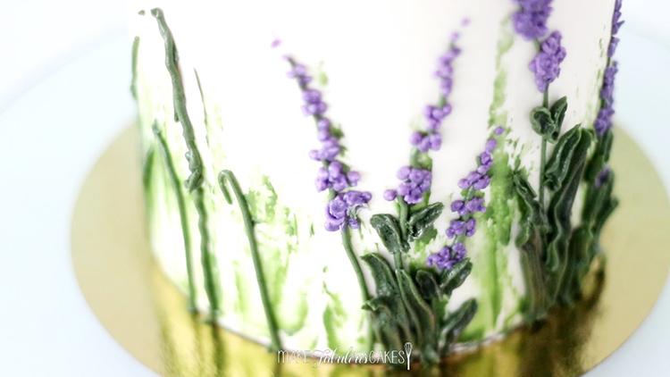 making Buttercream Lavender Flowers