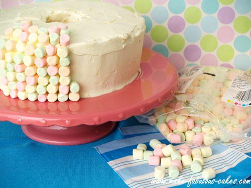 Cake Decoration Food Heaven : Heavenly Angel Food Cake Recipe