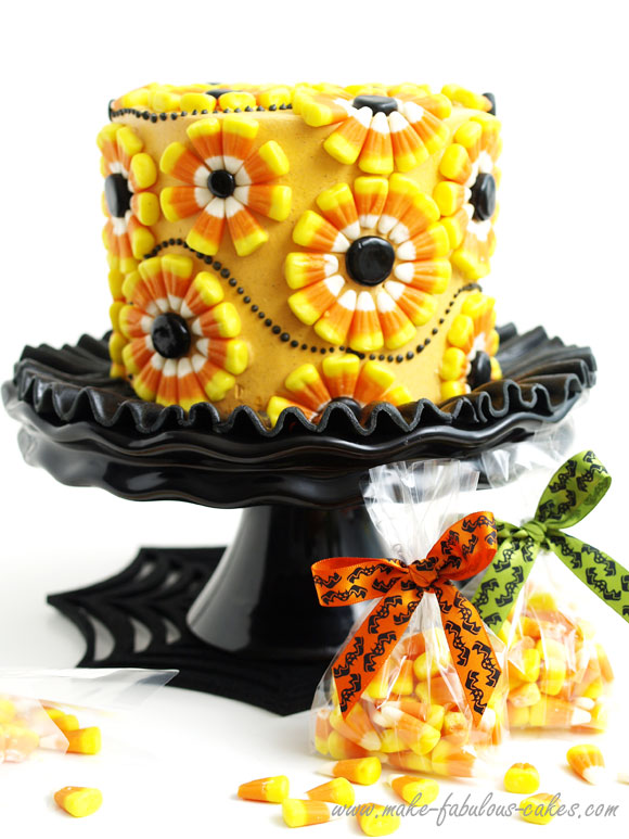 Easy Cake Decorating Halloween : Halloween Cake : Decorating a Candy Corn Cake