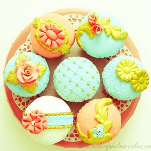 Vintage Couture Cupcakes