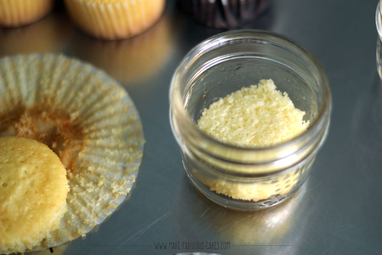 Cupcake in a Jar by Make Fabulous Cakes