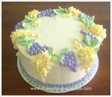 flower and grapes cake