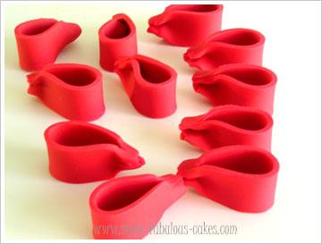 fondant loop bow
