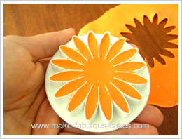 gum paste gerber daisy