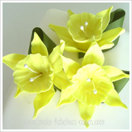 gum paste daffodil tutorial