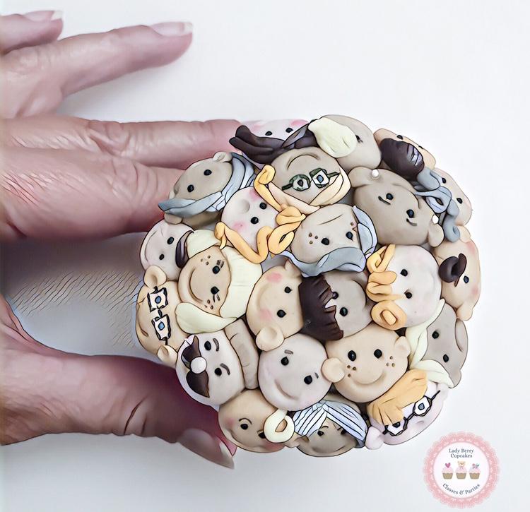 cute faces cupcakes