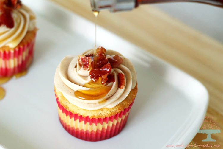 Maple Bacon Cupcakes for Canada Day