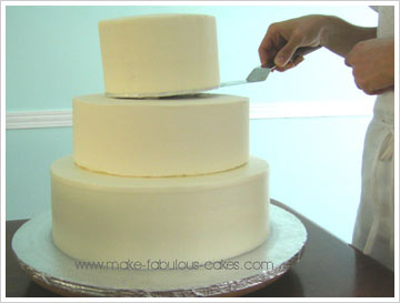 how to cut a square tiered wedding cake how to make tiered cakes 15623