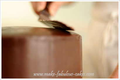 smoothing chocolate ganache