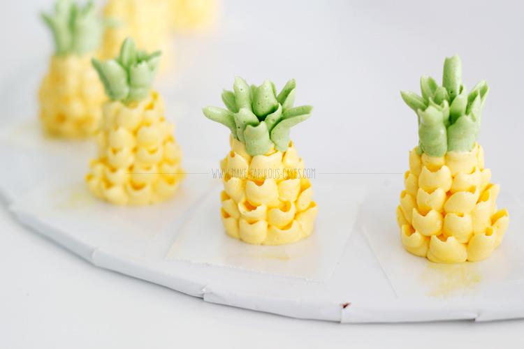 buttercream pineapples