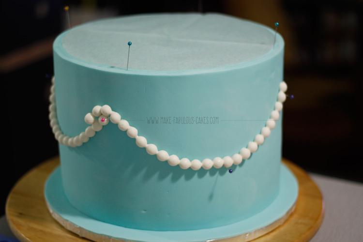 gum paste pearl garland