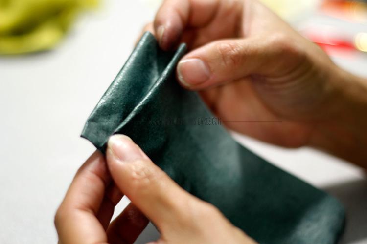 wafer paper ruffles tutorial