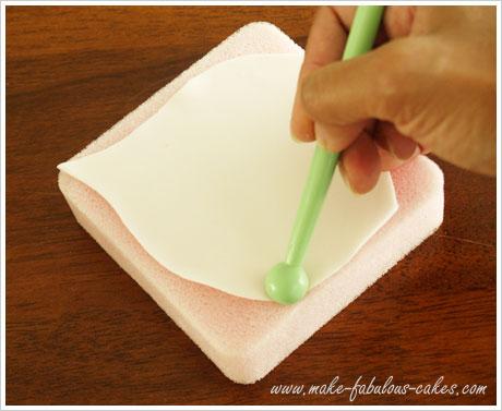 Gum paste calla lily tutorial