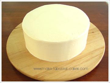 a smooth cake