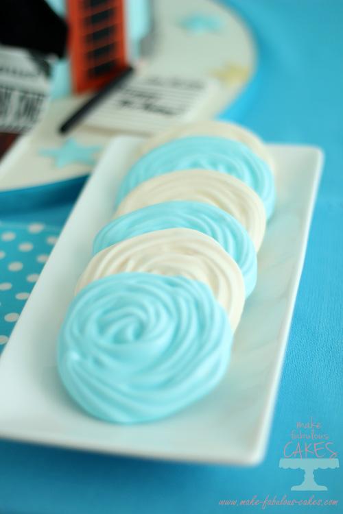 Blue meringue