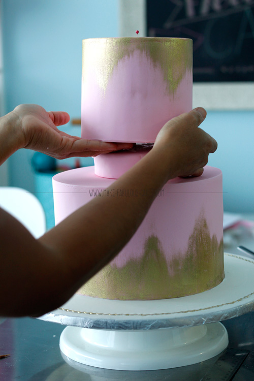 cake tiers with spacer